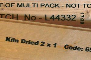 Маркировка деревянных изделий на линии распила